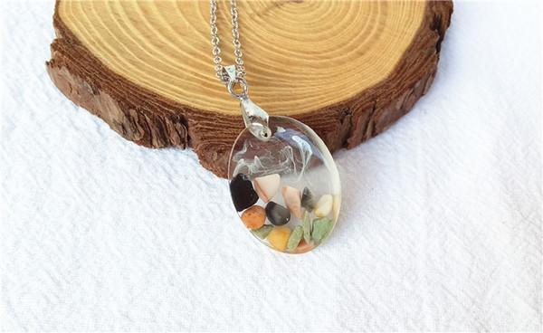 resina artesanal homem de cristal colar de encantos pedras naturais e nevoeiro no interior pingente de colar de jóias fazendo entregas china