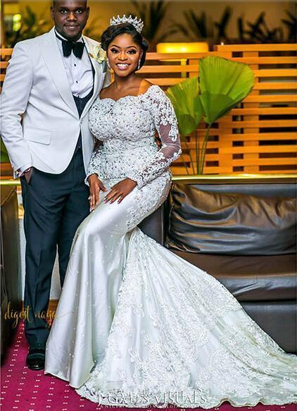 2019 nigerianos vestidos de novia escote corazón con encaje transparente Apliques Mangas largas Capilla Longitud del tren Africano Negro niña vestidos de novia