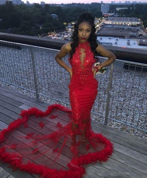 Red African 2K19 Mermaid Prom Dresses Feder Pailletten Sexy Mermaid Abendkleid Zählen Zug Durchsichtig Backless Cocktail Party Kleider