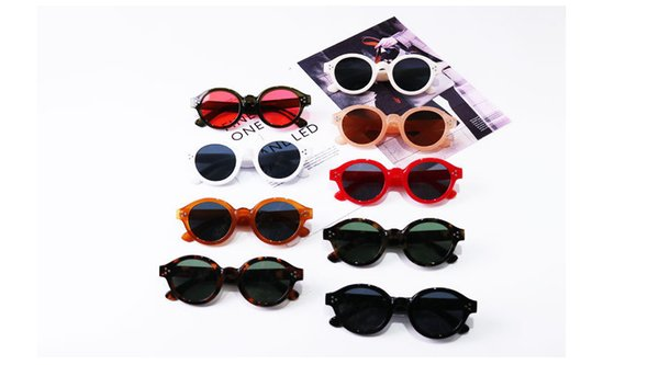 Baby kids sunglasses INS boys rivet Uv 400 goggles kids tassel chain sun glasses shades 2019 new kids beach holiday protection F4255