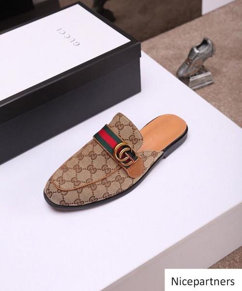 19ss marchio di calzature aspetto sportivo Mens Gommino abbigliamento casual partito fannulloni pattini Cowskin singola scarpa Slip On Wedding