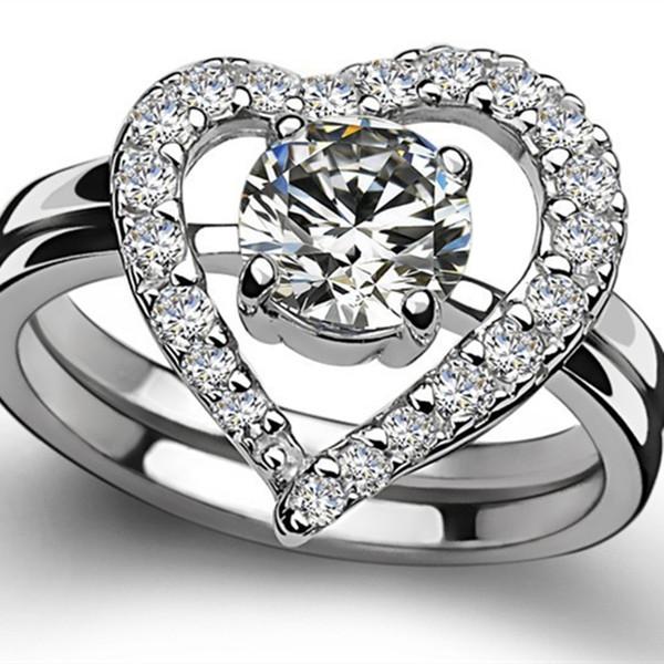 Großhandel 1ct Herzform Synthetischer Diamant Hochzeit Set Ring Für Frauen 2 Ringe In Einem Set Solide 925 Sterling Silber Ring Weißes Gold überzogene
