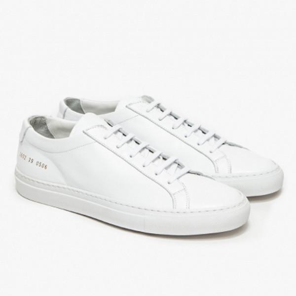 2019 летние маленькие белые туфли мужские кожаные плоские плоские случайные джокер корейской версии тренда мужчина и женщина пара обуви