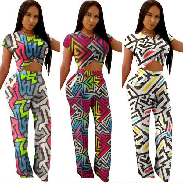 Sell well Women 2 piece set jogging suit fitness sweatsuit stylish Geometric Short Sleeve t-shirt bodycon leggings pants Print Plus Size 82