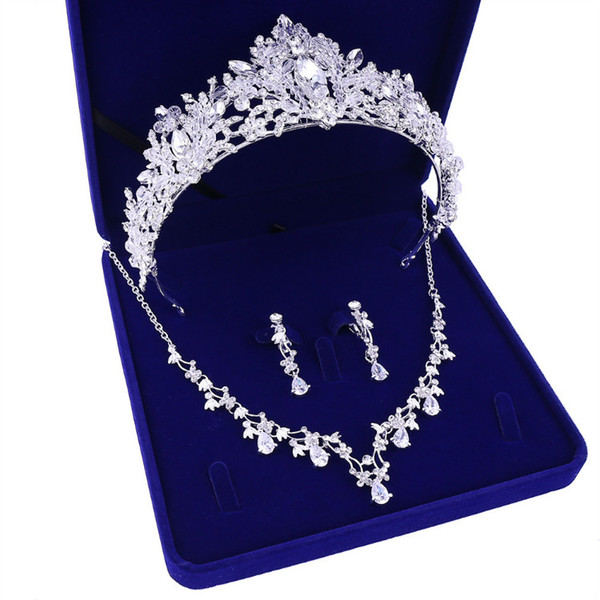 Toptan kadın X002 gelin takı düğün kolye taç yeni headdress için üç parçalı hediye kutusu gelinlik aksesuarları