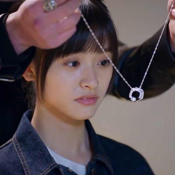 2018 Meteor Garden Heroine Collares pendientes Moda coreana Rhinestone Pave Estrellas Cadenas de clavícula Joyería de la boda Collares