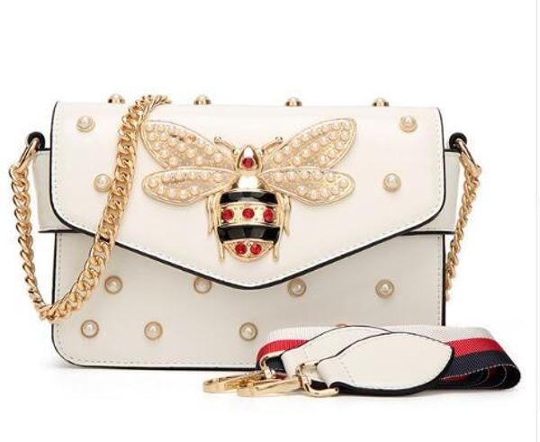 0eb9ef4a280e 2019 новинка женская цепочка на плечо сумки жемчужные украшения сумка для  сообщений леди маленькие сумки Honeybee