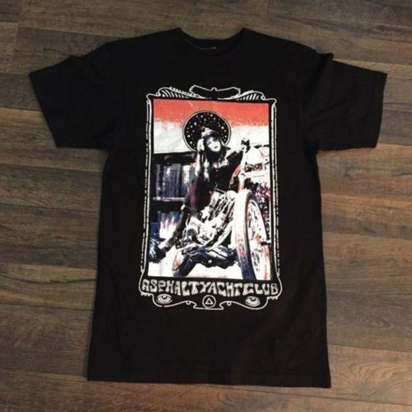 T-shirt masculina de asfalto, preto, c / gráfico, pequeno, com defeitos: orifício na manga