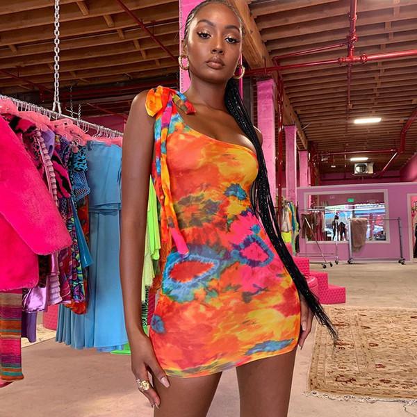 Tasarımcı Bayan Elbise Kravat Boyalı Tek Omuz Kolsuz İnce Elbise Casual Kadın Giysileri