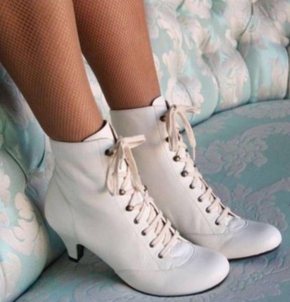 Botas de boda Las mujeres con cordones de las botas del tobillo del talón de moda cáliz Martin botas botines señoras Leahter Australia nieve del invierno de partido con caja