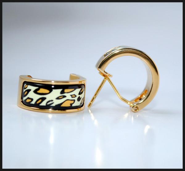Leopar Serisi Hoop kadın En kaliteli tasarımcı çember küpe 18K altın kaplama emaye küpe küpe