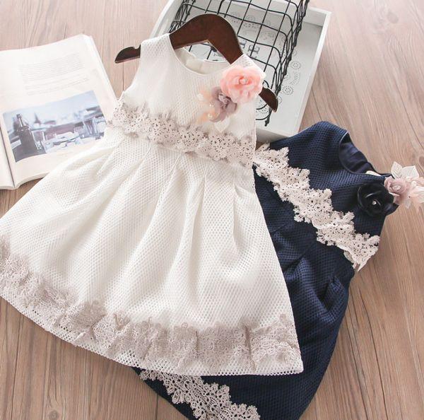 Pearls flower girls princess dress kids lace hollow embroidery Bows belt vest dress 2019 summer children lace net yarn party dress F5357