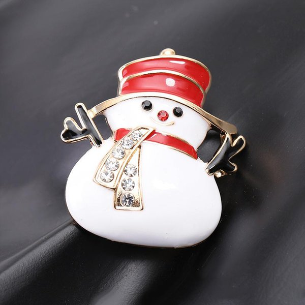 Cute Smile Snowman Red Hat Winter Theme Brooch Pin Alloy Can Be Customized Custom Brooch To Children's Friends Gift