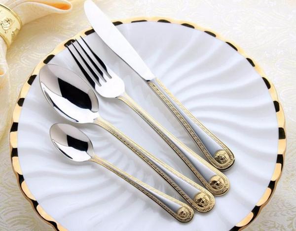 La nueva llegada 4pcs / set de acero principal de la medusa Oro Cubiertos Juego de cubiertos de acero inoxidable Vajilla Vajilla Cuchillo Cuchara Tenedor