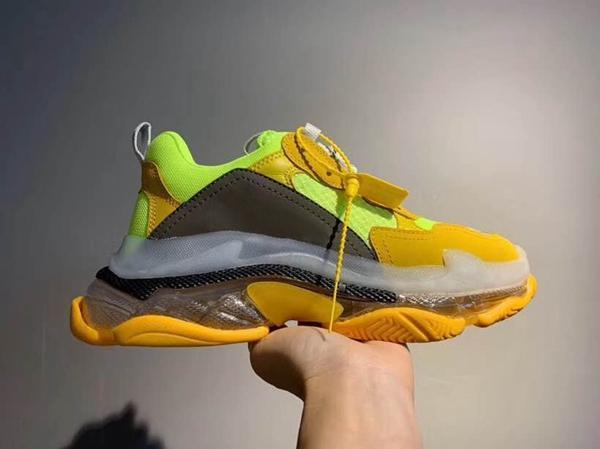 2019 Triple S Sneakers Green Crystal Cushion Bottom Men Women Fashion Paris Kanye 17FW Dad Designer Trainers Shoes Size 36-45 n22