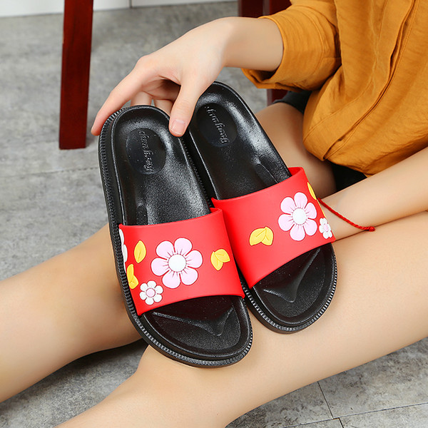 2019 New Summer Flowers Slippers for Women Pretty Girls Beach Sandals On Sale Fashionable Flat PVC Flip Flops EURO36-40