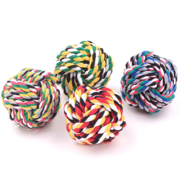 top popular 5.5cm Bite Resistance Handmade Braided Rope Knot For Pets Bite Toy Ball Shaped Dog Cat Chews Toy 2021