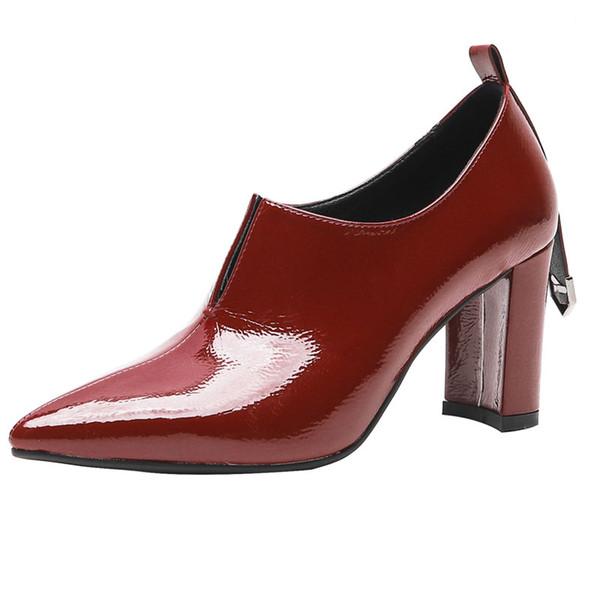 Vendita all'ingrosso Semi avvolgente coda corta Chunky tacchi Top Quality Luxury Designer Micro in pelle donna scarpe da donna scarpe casual muli Nuovo arrivo