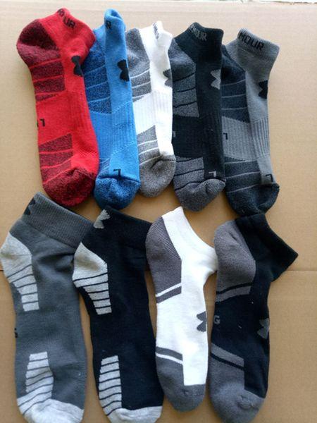 top popular Men UA ankle socks designer Comfortable spring autumn boat meias sports socks basketball skateboard socks panelled contract color letter 761 2019