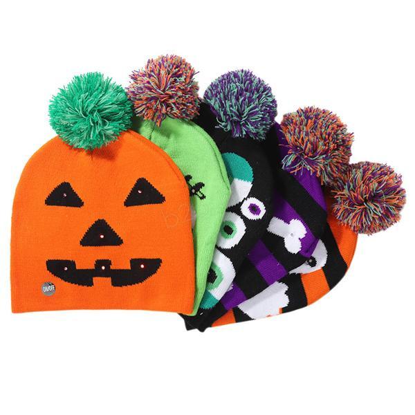 Sombreros de punto Led de Halloween Niños bebés mamás Gorros cálidos Gorros de invierno de ganchillo para calabaza Calavera de acrílico gorro decoración de fiesta accesorios de regalo LJJA2900
