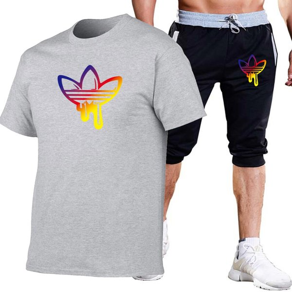 19ss Summer New Trakcuist Мужская одежда Комплекты Tshirts Шорты повседневные спортивные костюмы