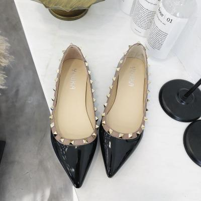 Spring and Autumn 2019 Fashion Trend New Rivet Point Single Shoes Women Flat Floating Shoes Brief Lady Painted Liuting Shoes