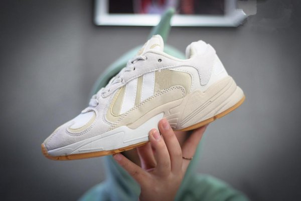 2019 Dragon Ball Z x YUNG-1 JO Hommes Femmes Chaussures Chaussures d'Orange Sport Sneakers Kanye GoKuYEEZY500 Ouest
