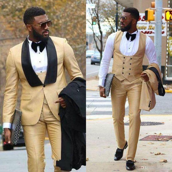 Abiti da uomo in oro con scialle nero con risvolto tre pezzi smoking da sposo smoking da uomo per abiti da ballo formale (giacca + pantaloni + gilet)