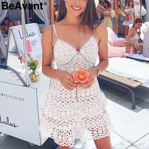 Beavant Vestido de encaje de algodón con cuello en V sexy Mujer Correa de espagueti con volantes Mini vestido de verano Vestidos de fiesta cortos elegantes Vestidos de mujer Y19073101