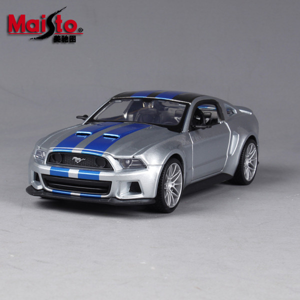 Ford Mustang GT Silver