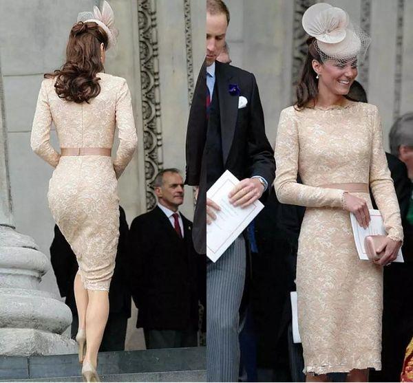 Elegante Kate Middleton Champagne Vestidos cortos de noche para mujeres Vestir Hasta la rodilla Encaje Manga larga Celebrity Cocktail Vestidos formales