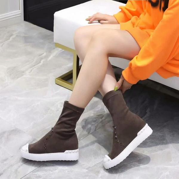 En moda tasarımcısı siyah ve kahverengi öğrenci söğüt rahat en kaliteli düz ayakkabı seyahat stepping yeşil bayan botları 34-39