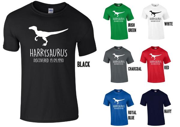 T-shirt personalizzata Velociraptor per adulti - Qualsiasi nome / data Dinosaur Regalo di compleanno Divertente spedizione gratuita Unisex Casual
