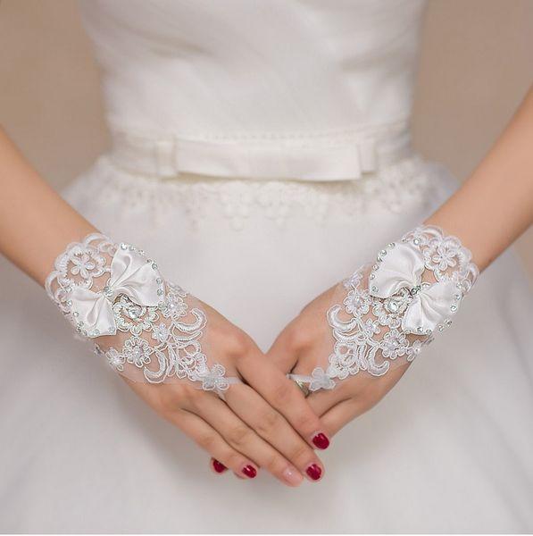 Cheap Hot Sale High Quality White Fingerless Bridal Gloves Short Wrist Length Elegant Bridal Wedding Gloves bride glove Wedding Accessories