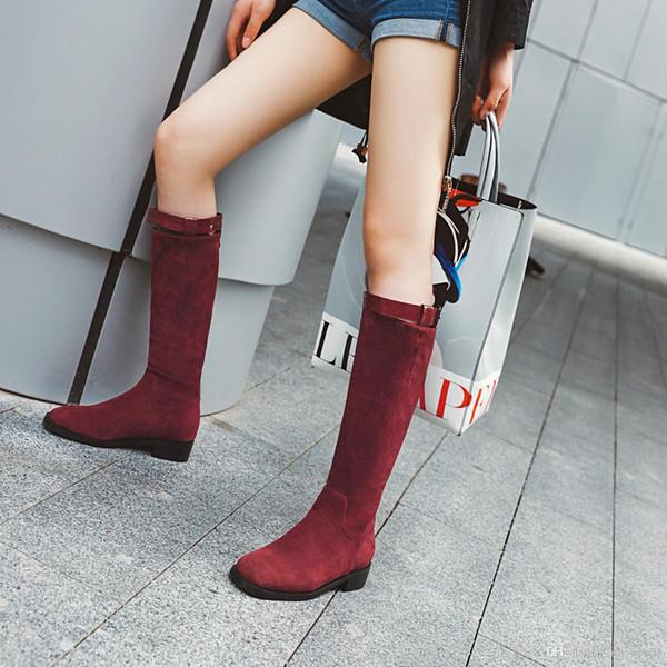 Zapatos al por mayor Botas mujer hebilla de cinturón de piel genuina del plano del talón cargadores de las mujeres del invierno del otoño botas de cremallera trasera zapatos de las señoras de los botines