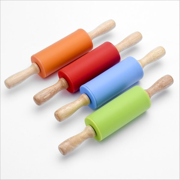 best selling 23CM Large food grade silicone rolling pin solid wood handle roller rotated easy to stick dumplings pressure (Mixed color)