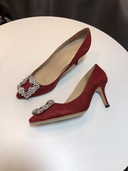 2019 femmes sandales haut talons des chaussures de mariage en cuir rivets brevets Sandales cloutées femmes Strappy chausseurs Chaussures à talon yc19031217