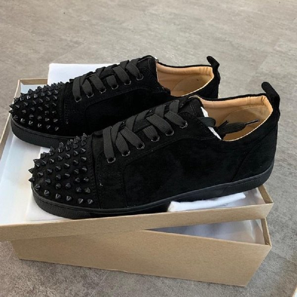 2019 NEW Designer Shoes Studded Spikes Mens Red Bottom Shoes men trainers Top quality GREY NEW Flats 100% Genuine Leather For US 5-12