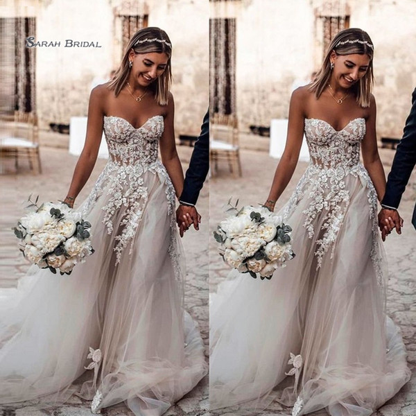 best selling 2019 Sweetheart Tulle Bride Dress Sweep Train Appliques Sleeveless A-line Wedding Bridal Gown High-end Wedding Boutique