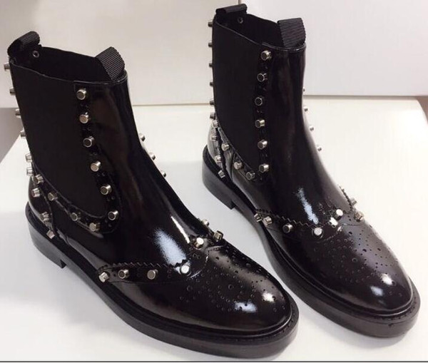 Rivet Shoe Martin Boots are made of imported cow lacquer leather fabric pigskin lining sheepskin pad foot original large sole