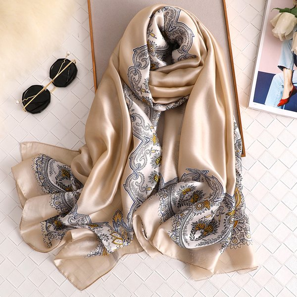 Nuova sciarpa di seta donna 2019 nuova morbida lunga bandana solida scialli semplici e avvolge sciarpe da collo con stampa anacardi da donna hijab invernale