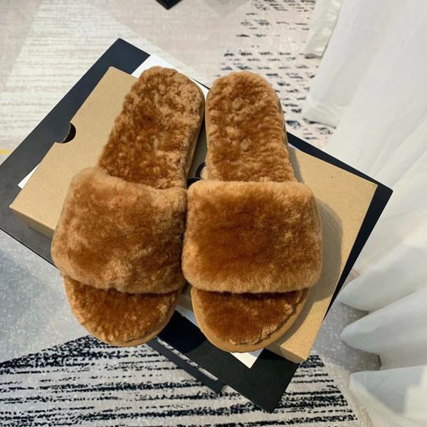 Zapatillas de diseñador de pieles de mujer de lujo Zapatos de diapositivas Zapatillas de piel de chanclas Chanclas Sandalias Deslizadores Zapatos de sandalia Fuffly Drag Mujeres B100502W