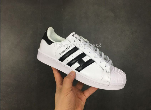 taille 40 7f4dc 7ebb4 Acheter Adidas Superstar Femmes Chaussures Et Hommes Chaussures Nouvelle  Arrivee Style D'ete 13 Couleurs Populaires Chaussures Causales Eur36 44  Belle ...