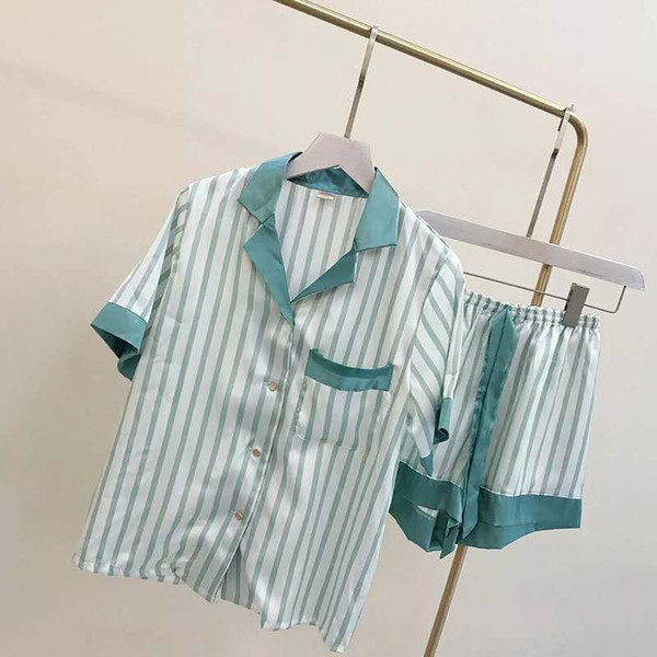 Pajamas, summer short sleeves, thin silk, sexy summer women's two-piece suit, Korean version of ice silk shorts, home clothes.