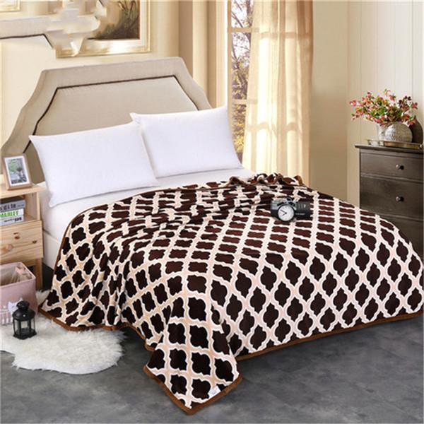 High Density Winter Adult Fleece Blanket Throw on Sofa Bed Plane Sleeping Sofa Plaid Bedspread Portable