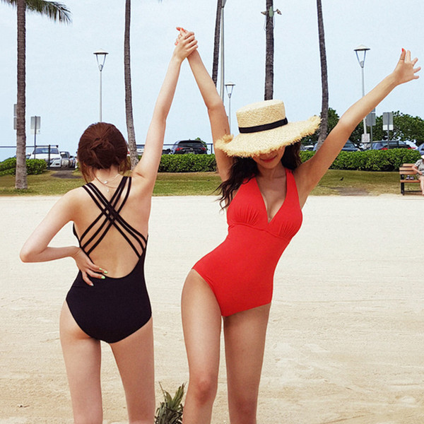 2019 new south Korean swimsuit conservative cover belly small chest steel support gathered together to show thin sexy hot spring bathing sui