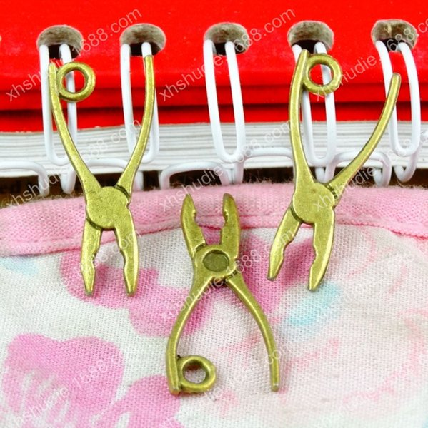 50pcs 24*11MM antique bronze Vice pincer pliers tool charms for bracelet vintage metal pendants earring jewelry making DIY handmade material