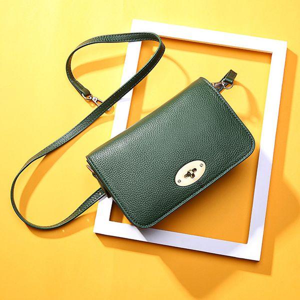f85e5cc49f36 Простая сумка через плечо Весна и лето Новая кожаная дикая небольшая  квадратная сумка женская сумка