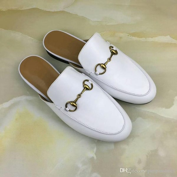 2019 Women Sandals Designer Shoes Luxury Slide Summer Fashion Wide Flat Slippery With Thick Sandals Slipper flip flops rl180611