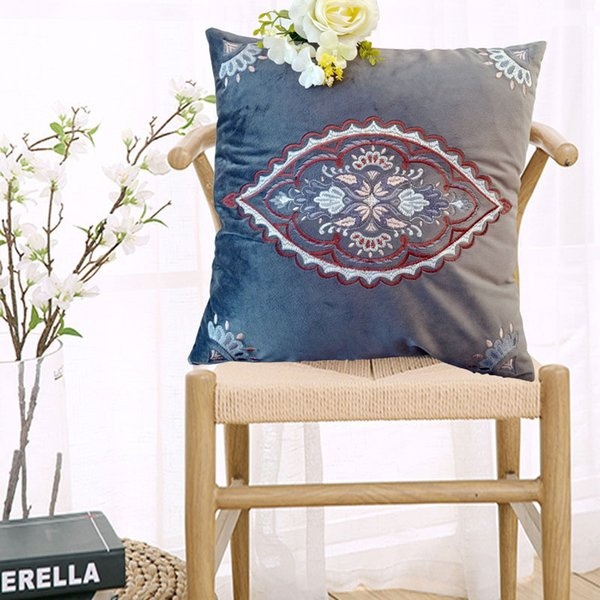 45*45cm Cushion Cover Chinese Classic Style Embroidery Pillow Case Sofa Cover Velvet Embroidery Bedding Supplies Free Shipping